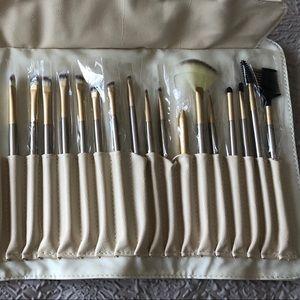 Makeup brushes!